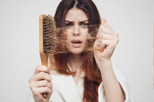 Haarausfall-Stess