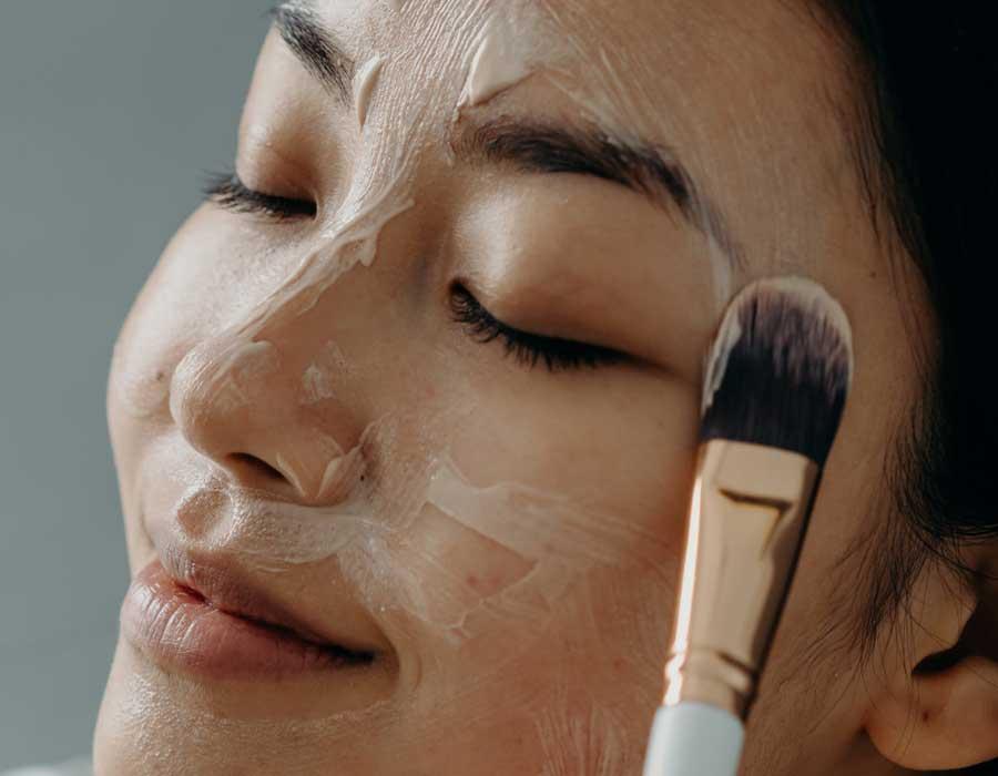 Gesichtspeeling-empfindliche-Haut